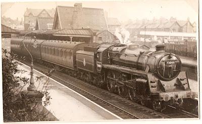 chorlton station02
