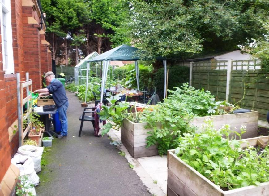 cgn garden 20 Sep 02